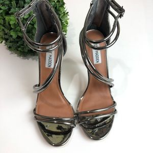 Steve Madden Fico Pewter Metallic Sandals